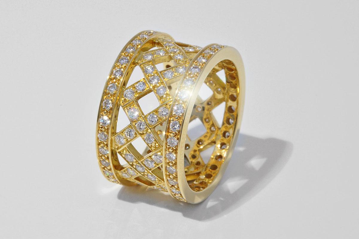 Alliance Ring in 750 Gelbgold mit 134 Vollschliff Brillanten TW SI 1.52ct.von Eduard Nadig